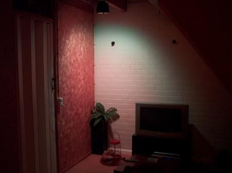 http://www.xs4all.nl/~loosen/elektronica/led%20light/led_light_t-6.jpg