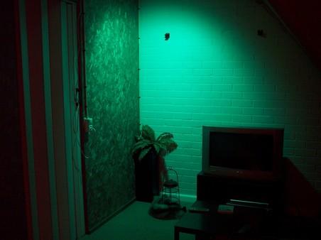 http://www.xs4all.nl/~loosen/elektronica/led%20light/led_light_t-2.jpg