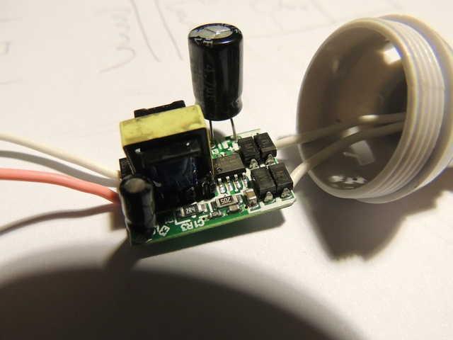 http://www.fordcapri.be/off/pics/eo/ledlamp/640/DSCN3299.jpg