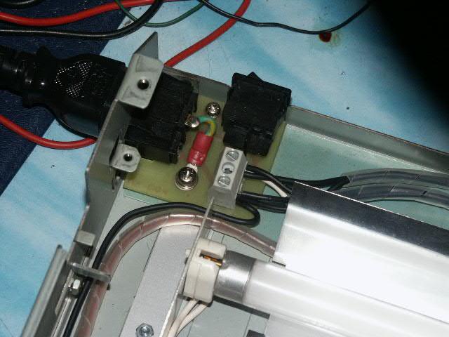 http://www.turbokeu.com/myprojects/uv-box/pict0023.jpg