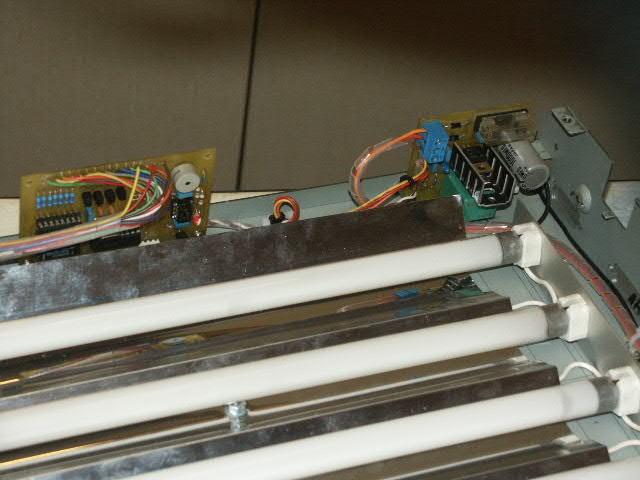 http://www.turbokeu.com/myprojects/uv-box/pict0022.jpg