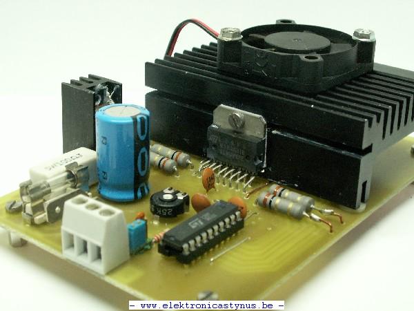 http://www.elektronicastynus.be/Projecten/CNC/pic/elektro/Sturing/StappenMotorSturing_06_09_08_002.jpg