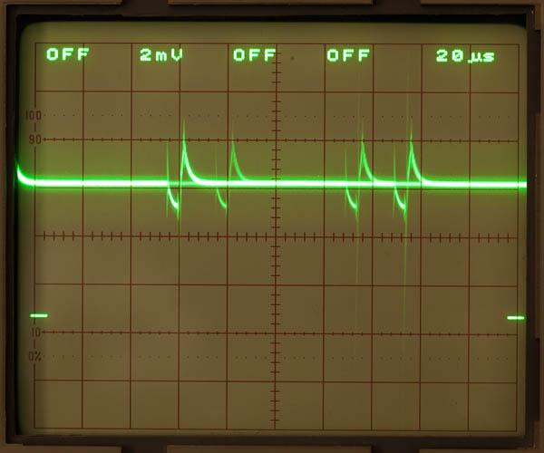http://www.miedema.dyndns.org/fmpics/Circuits_online/AD584/IMG_1050_AD584_Reference_10mVtt_piekjes_op_output-600pix.jpg
