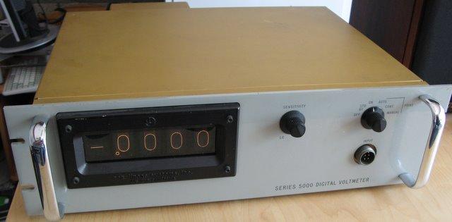 http://gigawatts.nl/co/div/NLS_voltmeter/IMG_2081.JPG