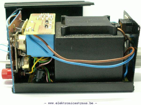 http://www.elektronicastynus.be/Projecten/labvoeding/MiniLabVoeding/MiniLabvoeding_30_06_08_007.jpg