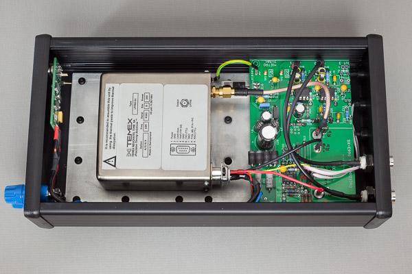 http://www.miedema.dyndns.org/co/2019/rb/clock/IMG_4968--Temex-Rubidium-in-kast---binnenkant-bovenaanzicht-L-600pix.jpg