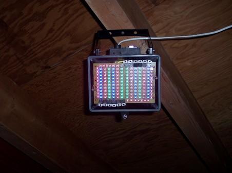 http://www.xs4all.nl/~loosen/elektronica/led%20light/led_light_t-0.jpg