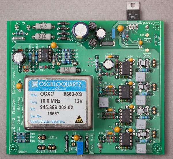 http://www.miedema.dyndns.org/fmpics/Circuits_online/ocxo/IMG_1467__10MHz_Master_Clock_-_print_bovenaanzicht-600pix.jpg